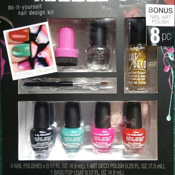 La colors other la colors do it yourself nail kit poshmark la colors do it yourself nail kit solutioingenieria Gallery